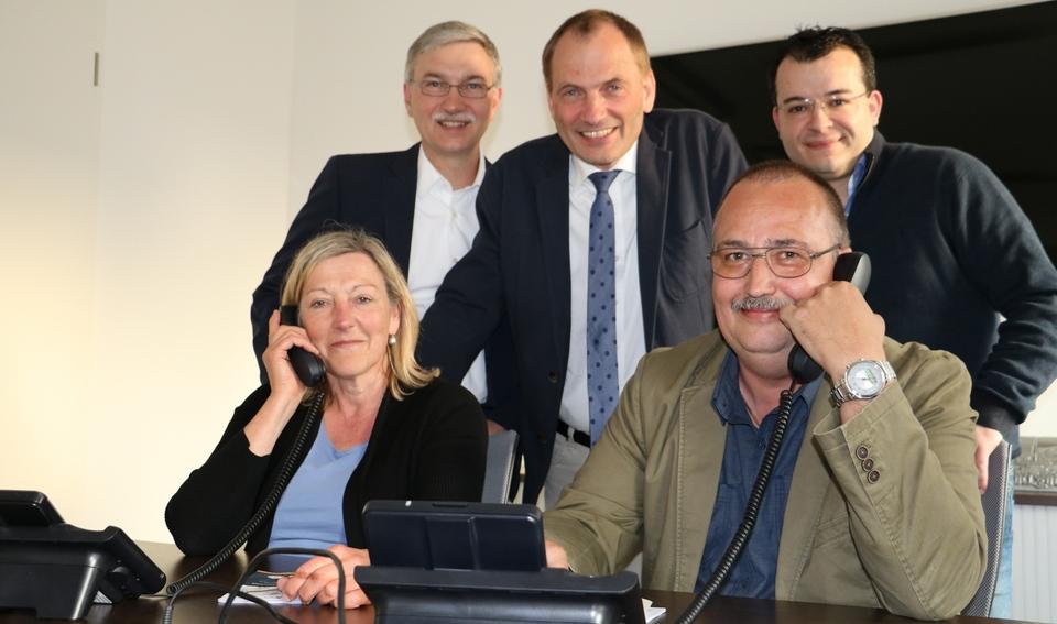 """Beantworteten zahlreiche Leseranfragen rund um das Thema """"Bauspeicheldrüse"""": die Experten der MT-Telefonaktion. Foto: Doris Christoph"""