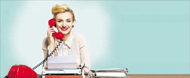 Fetsnetztelefon und Schreibmaschine - das war einmal. Die Ausbildung im Medienunternehmen hat sich gewandelt. Foto: BillionPhotos.com/Fotolia
