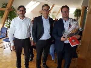 Sven Thomas (v. l.), Carsten Lohmann und Marc Huurrelmann nach dem Vortrag des IT-Experten. MT-Foto: Monika Jäger